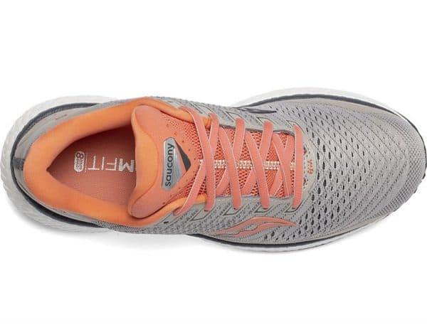 נעלי ריצה סוקוני SAUCONY TRIUMPH 18 נשים